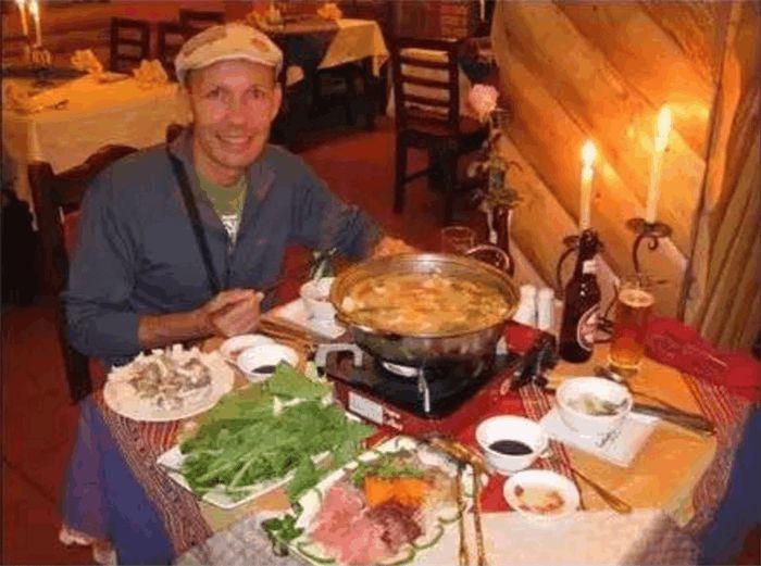 外国人吃火锅
