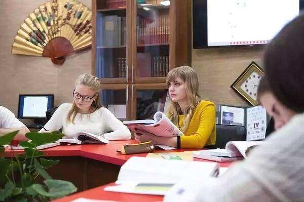 俄罗斯将汉语列入高考